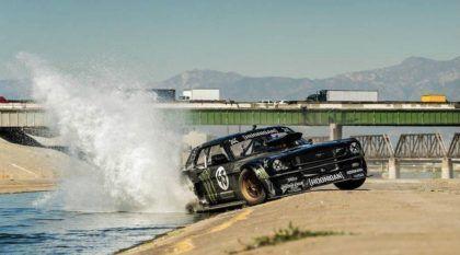 O insano Mustang de 845cv nas mãos do Ken Block. Mais uma Gincana com um carro Top!