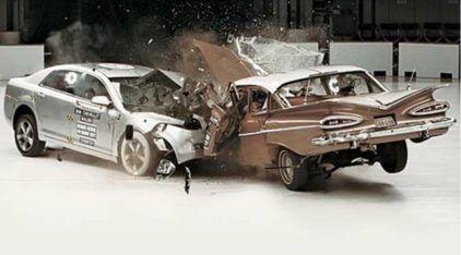 Quem Disse que os Carros Antigos eram mais Seguros? Você vai ficar de queixo caído com este Teste de Colisão!