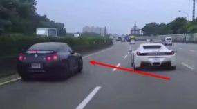Idiota, o Cara desta Ferrari causou um Acidente com um Nissan GT-R! Quem vai pagar o prejuízo desta Batida