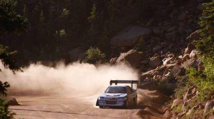 Pikes Peak: Imagens Lendárias de Ari Vatanen Acelerando Tudo Morro Acima!