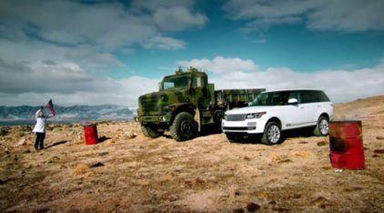 Range Rover desafia Veículo Militar em Terreno Acidentado (Neve, Lama, tem de tudo!)