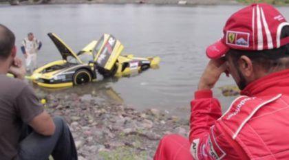 De Chorar: Piloto Erra (Feio) e Ferrari Enzo vai parar no Mar!
