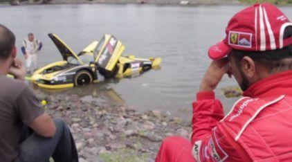 De Chorar: Piloto Erra Feio e Ferrari Enzo vai parar no Mar!