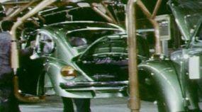 VW Fusca: Veja Imagens (impressionantes) da Linha de Montagem dos Anos 70!