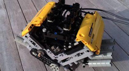 Feito de LEGO, um Motor V8 (com Caixa de Câmbio de 6 Marchas) Funcionando de Verdade! Totalmente Inacreditável!