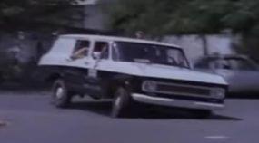 Nostalgia: a Intimidadora Veraneio da Polícia em Cenas da Época! Essa era Temida pelo Bandidos