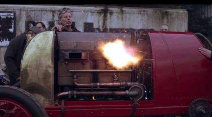 A Besta de Turim desperta depois de 100 anos, com seu Motor Monstruoso de 28.000cc que Lança Chamas! Impressionante demais!