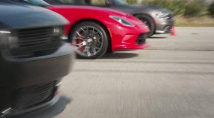 """O Dia """"D"""": Desafio Insano dos Dodges Challenger SRT Hellcat, Charger SRT Hellcat e Viper GT (inclusive na Arrancada e Terra)!"""