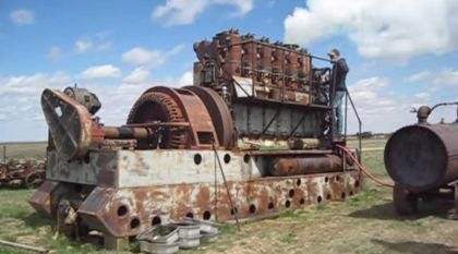 Esse antigo motor (a diesel) ficou parado por mais de 30 anos. Agora veja como ele despertou novamente