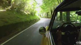 Em 30 segundos, Viaje e Veja como é Surpreendente Dirigir um Carro na Itália!