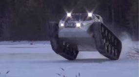 O Monstruoso (e Divertido) Veículo que Devora a Neve, com Motor V8 de 650 cv! E ainda faz Drifting de um jeito Insano!