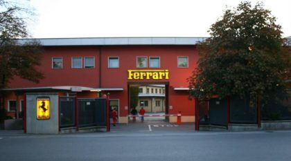 Atenção: A Fábrica da Ferrari Como Você Nunca Viu antes: Por Dentro e em Detalhes!
