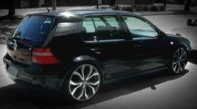Conheça Vários Motivos (Engraçadíssimos) para ter um VW Golf (a zoeira não para!)