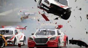 Impressionante: Rapper e Apresentador do Top Gear Coréia escapa de Acidente Horripilante em Corrida de Turismo!