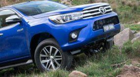 Agora Oficial: esta é a Nova Toyota Hilux! Vídeos revelam Detalhes Exclusivos da Novidade!