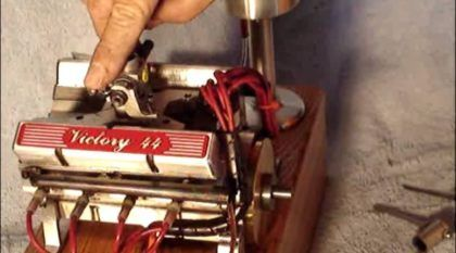 Atenção: Conheça o Menor Motor V8 do Mundo! Ele Funciona de Verdade e tem um Ronco Espetacular!