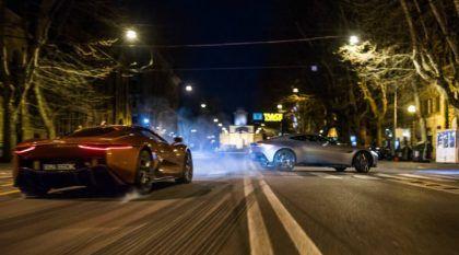 James Bond e seu Aston Martin DB10 desafiam o Incrível Jaguar C-X75 em Roma (Cenas Exclusivas de Spectre)