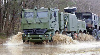 Brutais e Guerreiros: Conheça os Caminhões da Mercedes-Benz para o Fora de Estrada e Guerras!