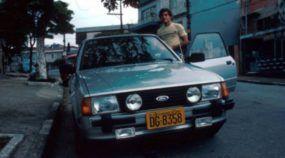 Ayrton Senna Curtia Muito esse Carro Esportivo (não é Audi)
