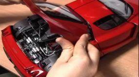 Montar uma miniatura perfeita da Ferrari Enzo em escala 1/10 nunca foi tão fácil