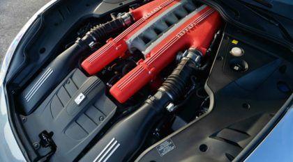Se você gosta de motor V12, precisa ver (e ouvir) estes carros