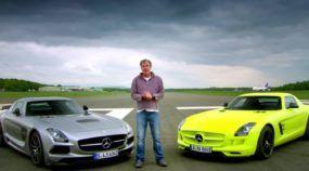 Duas Mercedes SLS AMG (uma elétrica) na pista em um duelo incrível entre eletricidade e petróleo