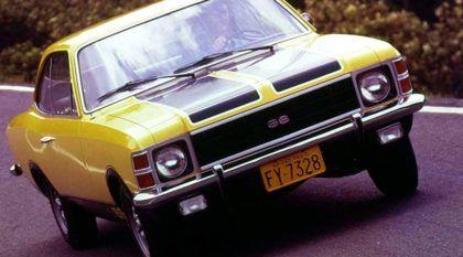 Cenas raras de carros nacionais preparados (alguns até tunados) dos anos 70 e 80