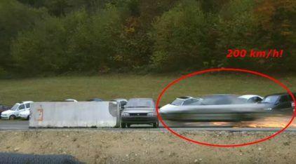 Isso é o que acontece quando um carro bate em outro a 200 km/h (o resultado é assustador)!