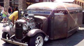Raridade insana com 507cv! Conheça este impressionante Ônibus (carcerário) 1932 com estilo Rat Rod!