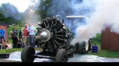 Veja e ouça esse velho motor radial (com 30 litros e 9 cilindros) funcionando
