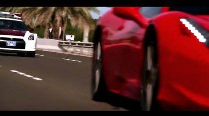 Vídeo mostra um Nissan GT-R, da polícia de Abu Dhabi, em perseguição (cinematográfica) contra uma Ferrari 458!