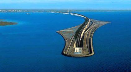 Esta é a Inacreditável Ponte que termina num Túnel (embaixo do Mar)! Veja Imagens impressionantes!
