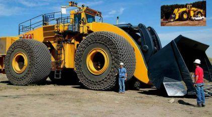 Brutal, este é o maior Trator Pá Carregadeira do mundo (com de 2.332cv, podendo levantar 72 toneladas)!