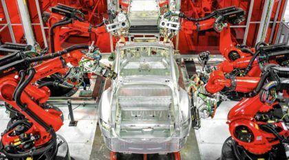 Vídeo desvenda a incrível fábrica da Tesla Motors em detalhes (repare na quantidade de robôs)