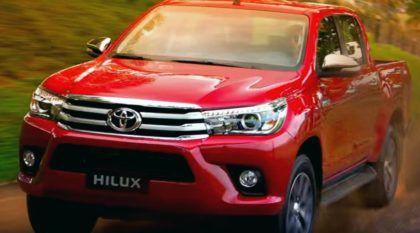 Agora é oficial: Vídeos revelam, por completo, a nova Toyota Hilux lançada no Brasil (incluindo imagens de test-drive)!