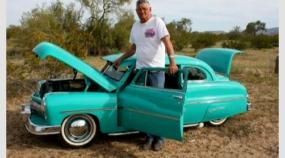 Esse cara faz os mais incríveis mini-carros (mas ninguém pode comprar)
