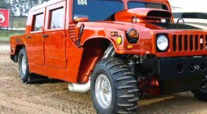 3.000 cv de pura brutalidade! Veja só o motor e aceleração extrema deste (surpreendente) Hummer H1!
