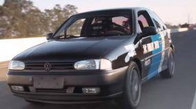 Olha a treta: Gol CLi 1.8 (1995) preparado desafia Camaro SS, Civic Si, Sandero RS (e mais) na volta rápida