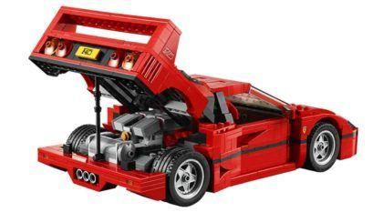Incrível: Ferrari F40 de LEGO (com mais de 1.100 peças) sendo montada em um minuto