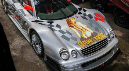 Raridade! Só existem 4 Mercedes CLK GTR AMG no mundo e um acelera no Brasil (é da família Fittipaldi)