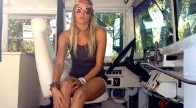 Ela converteu esse Ônibus Escolar em sua Casa (e mostra tudo em Vídeo imperdível)!