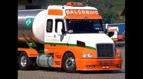 Vídeo Incrível! Caminhão Volvo chega a 2 milhões de km rodados (sem nunca