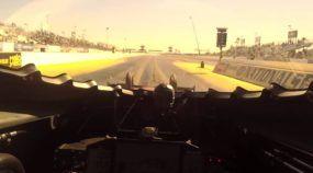 Sinta a emoção de acelerar (onboard) um Dragster a mais de 500 km/h (em 4 segundos)
