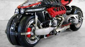 Brutal, a moto Lazareth LM 847 tem motor V8 da Maserati com 476 cavalos