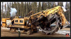 Máquina Brutal (e Monstruosa)! Vídeo mostra que ela faz coisas mais importantes do que você imagina!