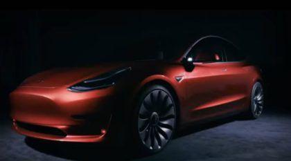 Novidade mundial: Tesla Model 3 é revelado e surpreende pela autonomia e desempenho