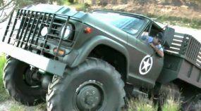 Brutal, esse Caminhão Chevrolet 4x4 encara grandes Barrancos e Trilhas de um jeito incrível!