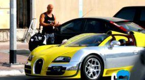 Melhor Uber de todos os tempos? Bugatti Veyron substitui Toyota e surpreende passageiros!
