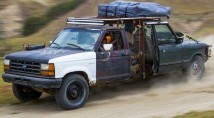 Criativo ou bizarro? Descubra essa (insana) mistura de Ford Ranger com Range Rover!