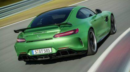 """Com 585cv, o novo Mercedes AMG GT R é a cruel """"Besta Verde"""" indomável! Veja primeiros Vídeos!"""